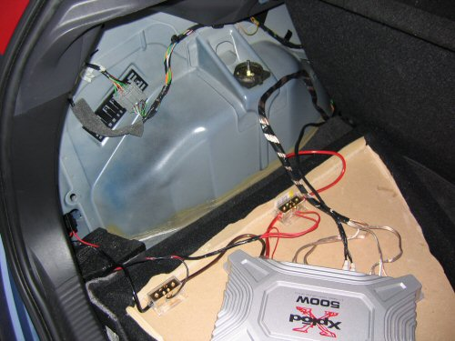 Hook up car speakers to amp